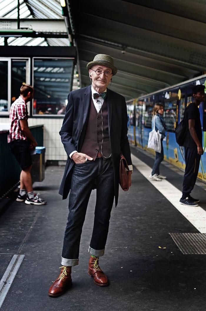 105 годишен дедо е вистинска икона на стилот
