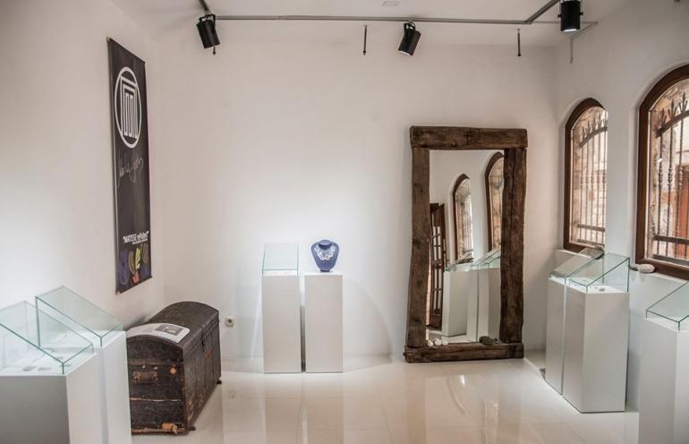 """Изложба на македонска мода и дизајн """"Slowscapes"""" во галеријата """"Марта Пејоска"""" во Охрид"""