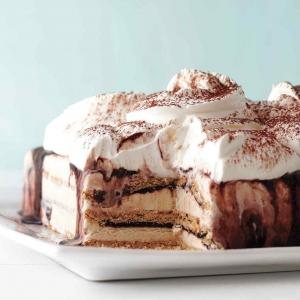Ова е најубавата сладолед – торта за летните денови! | Fashionel