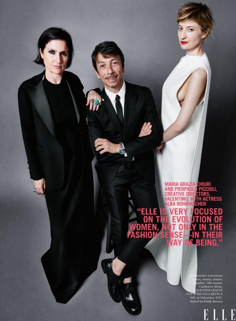 Марија Кјури и Пјерпаоло Пиколи, креативни директори на Валентино со актерката Алба Рорвачер -Elle е фокусиран на еволуцијата на жената, но не само во модна смисла, туку во начинот на кој се градат и битисуваат. А Алба е нашата муза бидејќи е спој на поезија, моќ, ранливост и грациозност.