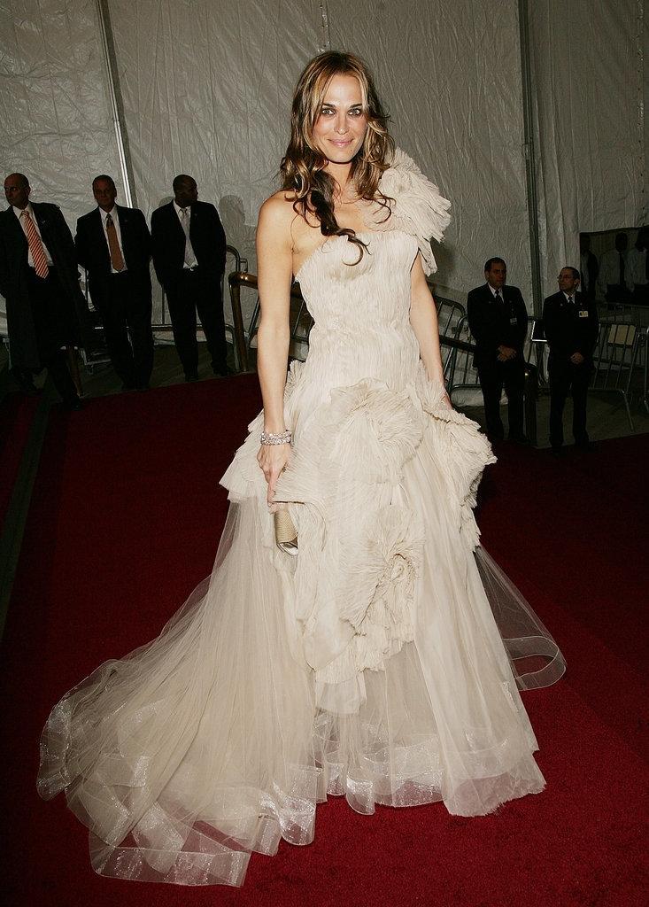 2007 - Моли Симс