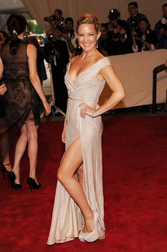 """2010 - Кејт Хадсон во креација на """"Стела Мекартни"""""""