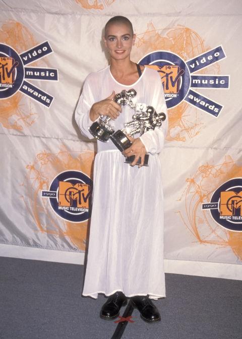 1990 - Шинед О'Конор