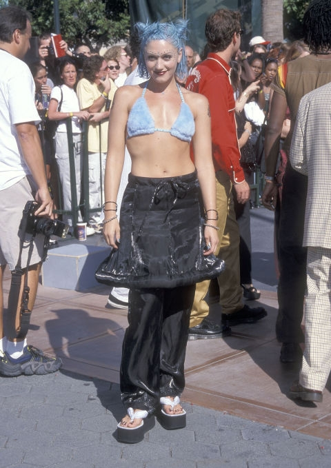 1998 - Гвен Стефани