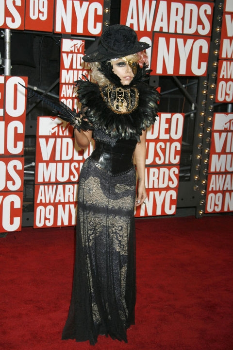 2009 - Лејди Гага