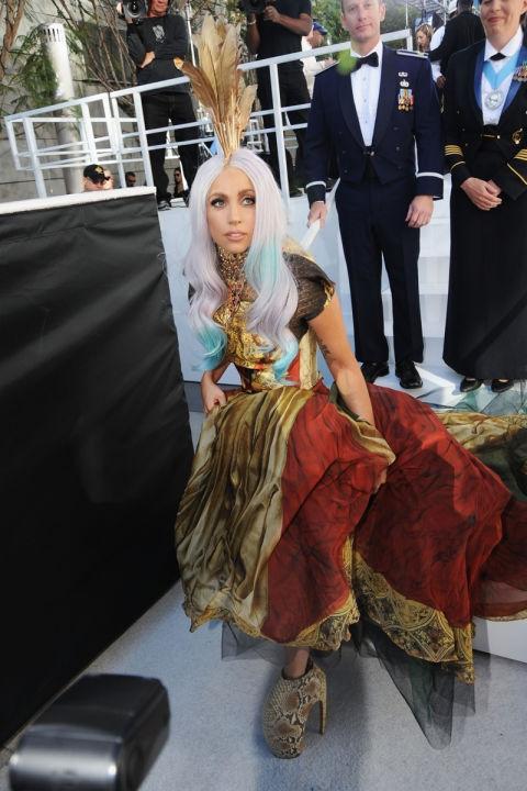2010 - Лејди Гага