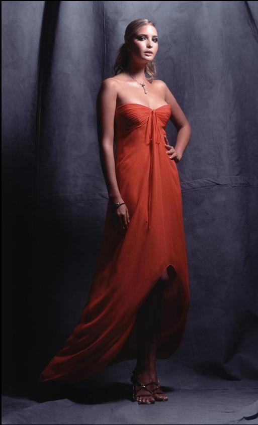 2002 во Каролина Херера