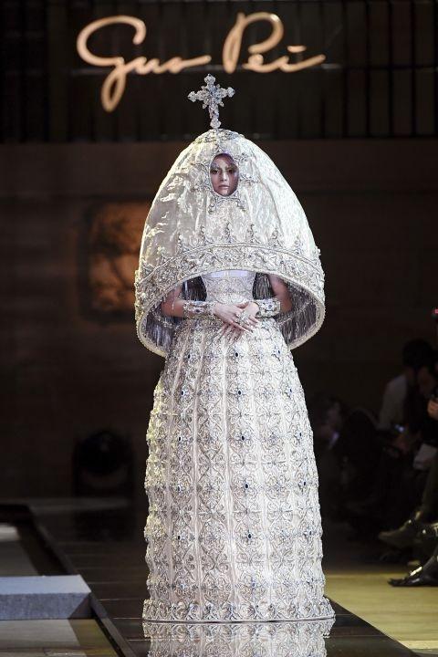 Gou Pei - haute couture ss17