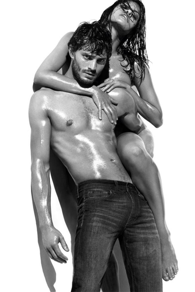 2009 - кампањата за Келвин Клајн со Ева Мендес