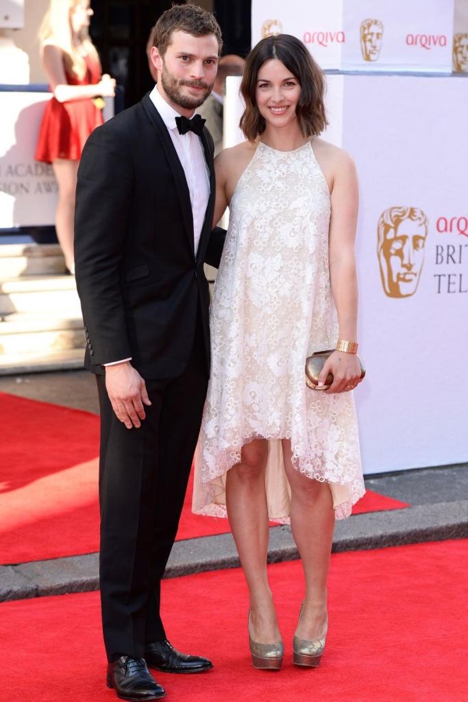 2014 - на доделувањето на британски телевизиски награди, со сопругата