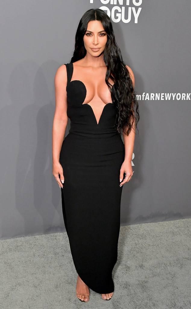 Kim Kardashian - Versace