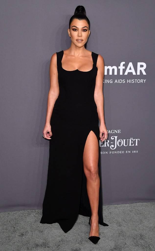 Kourtney Kardashian - Versace