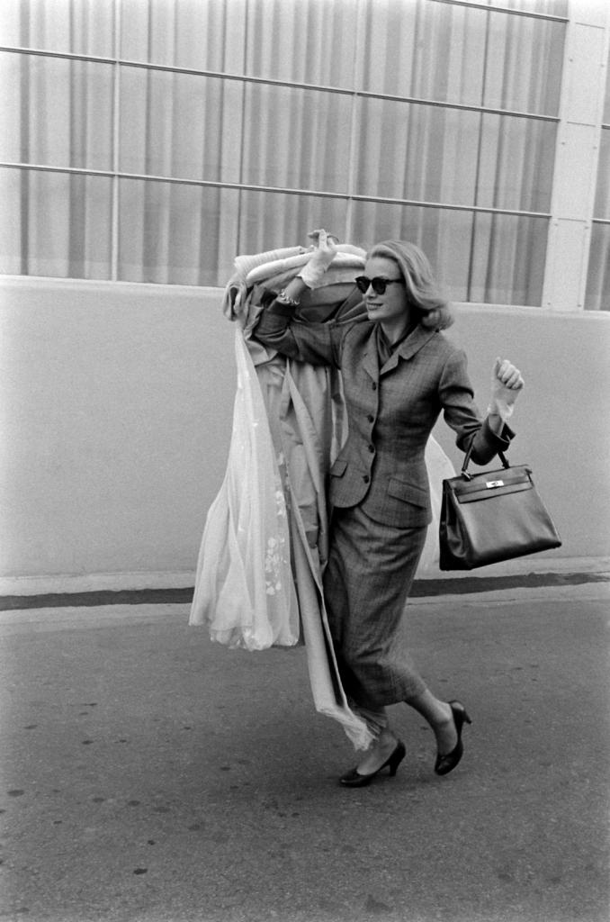 1956 - Грејс Кели заминува од Холивуд