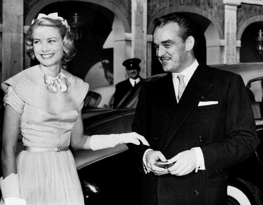1956 - 17 април, Грејс Кели со принцот Рајенр ден пред нивната венчавка