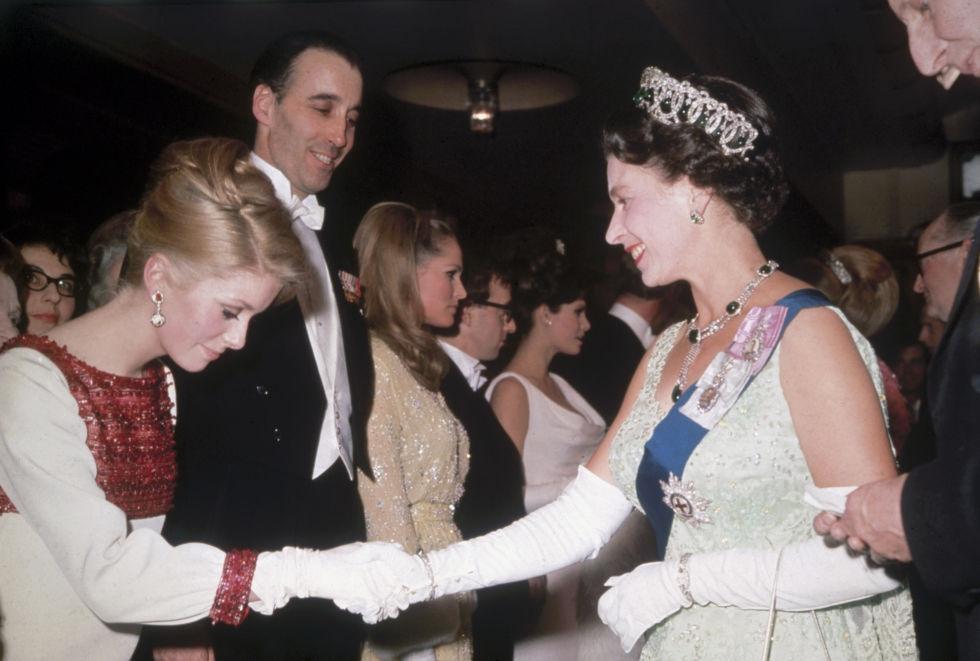 Кетрин Денев 1966