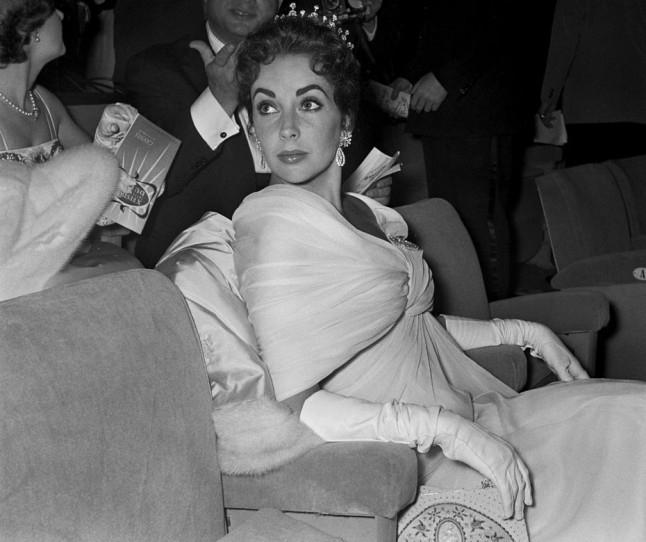 Елизабет Тејлор, 1957