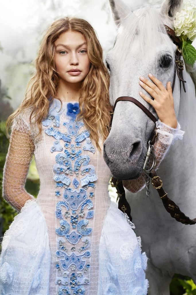 Fendi Haute Forrure фустан