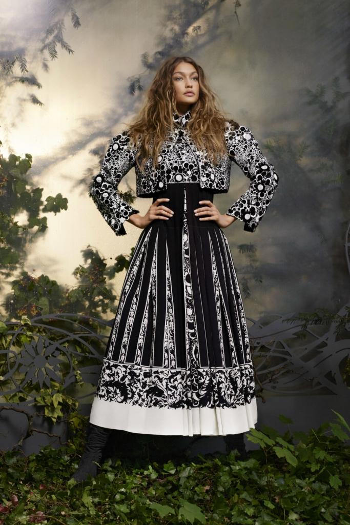 Chanel Haute Couture - фустан, палто и чизми