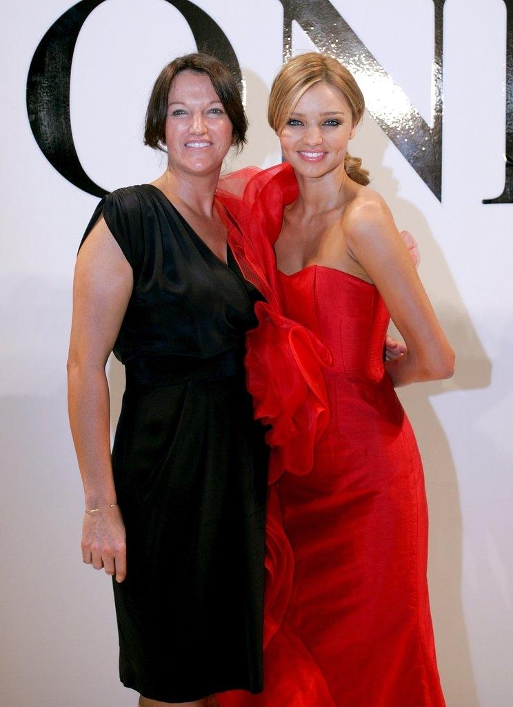 Миранда Кер со мајката Тереса