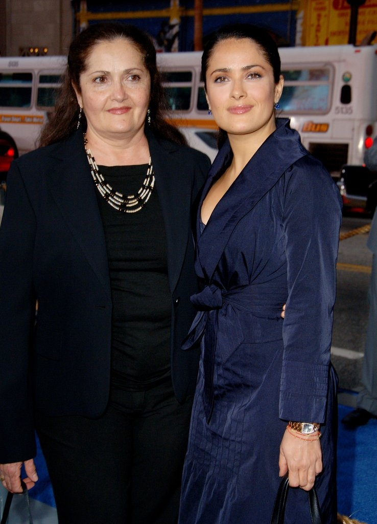 Селма Хаек со мајката Диана Хименес Медина