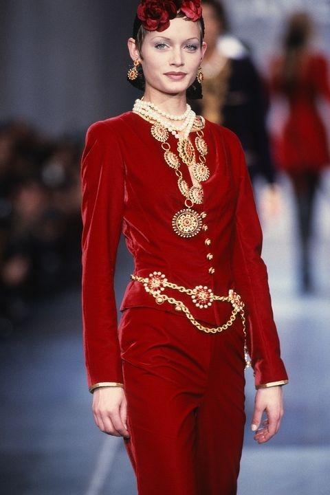 Амбер Валета - Chanel Fall 1993