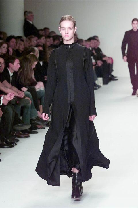 Наталија Воианова - Calvin Klein Fall 2002