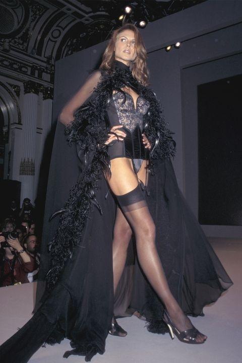 Хајди Клум - Victoria's Secret Fashion Show 1997
