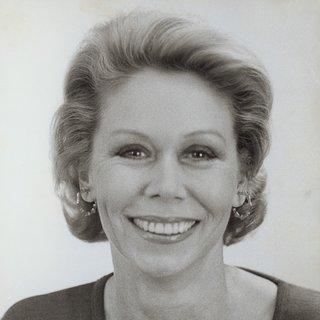Лујза Хеј 90 години
