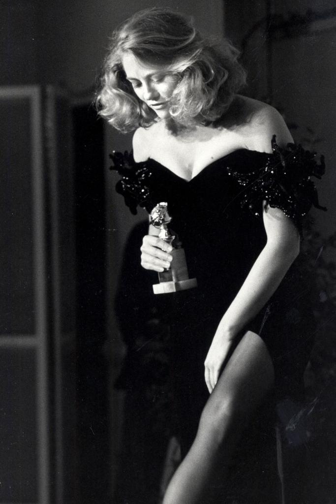 1986 Cybil Shepard