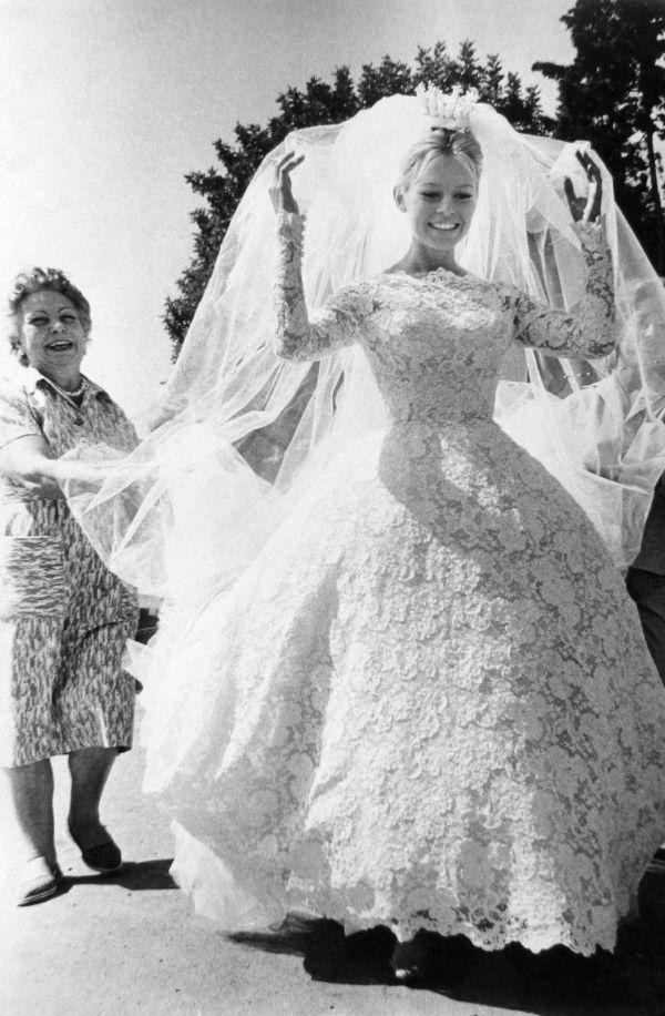 Voulez-vous danser avec moi (1959) Brigitte Bardot