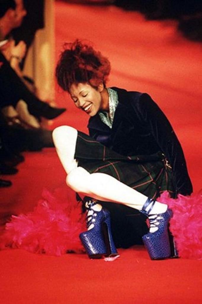 1993 - пад на ревија на Вивиен Вествуд