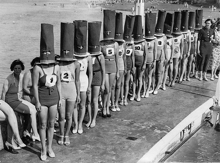 Избор за убавина со САД во 1936 година, каде жените се со покриени лица