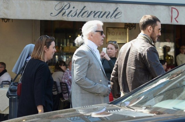 Karl+Lagerfeld+Karl+Lagerfeld+Out+Lunch+Rome+CWGanZynySCx