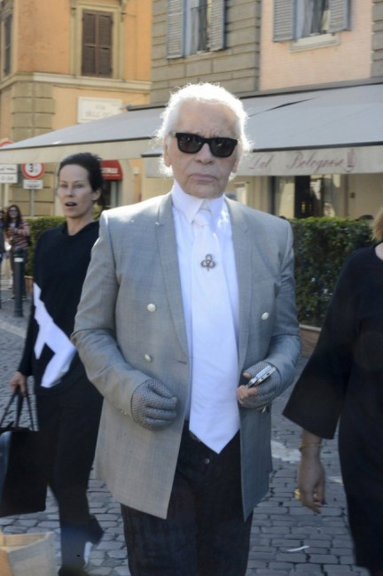 Karl+Lagerfeld+Karl+Lagerfeld+Out+Lunch+Rome+F6p9DtI_7ytx
