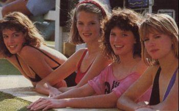 Синди Крафорд, последна од лево, како натпреварувачка на Elite Model Look во 1983 година