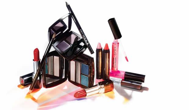 avon-so-novi-inovacii-vo-dekorativnata-kozmetika-1