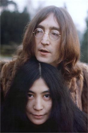 Јоко Оно со Џон Ленон