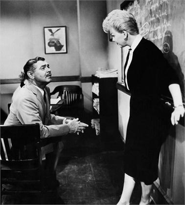 """Дорис Деј и Кларк Гејбл во филмот од 1958 година насловен """"Teacher's Pet"""