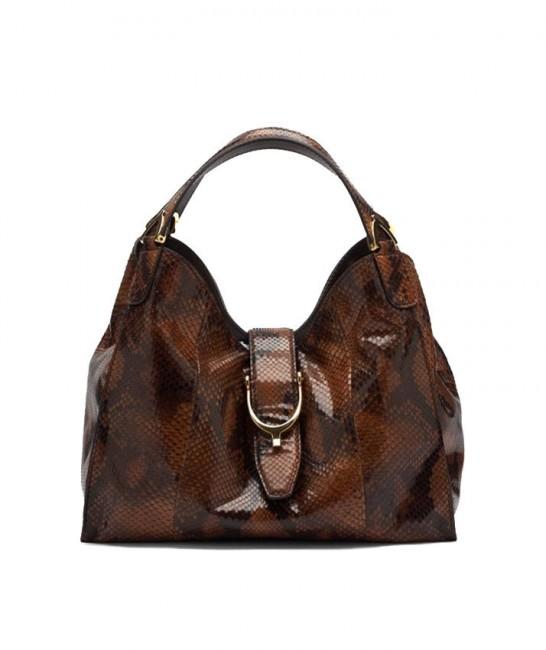 3.Гучи Софт - Stir Up  Италијанска куќа позната по врвната обравотка на кожа може да се пофали со чанта од крокодилска кожа, чија вредност е проценета на 24.100 евра.