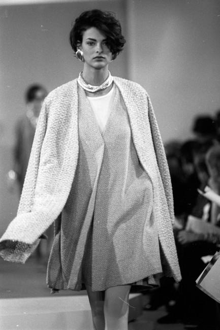 Дона Каран есенска колекција ready-to-wear 1990 година.