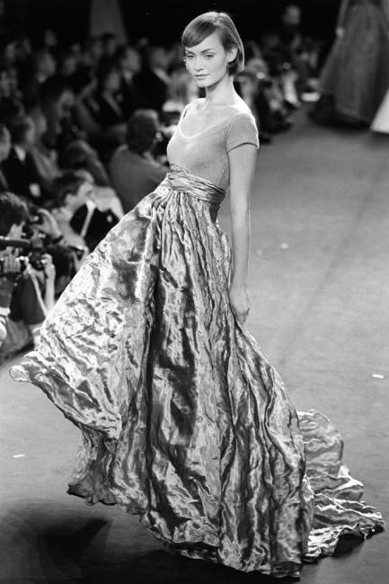 Дона Каран есенска колекција ready-to-wear 1994 година.