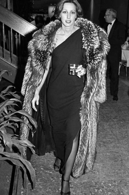 Дона Каран 1977 година.