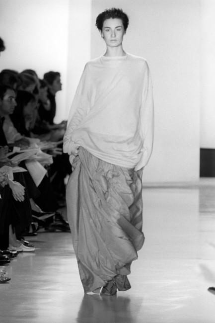 Дона Каран пролетна колекција ready-to-wear 1999 година.