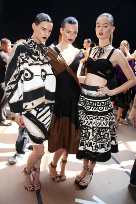 Дона Каран пролетна колекција ready-to-wear 2012 година.