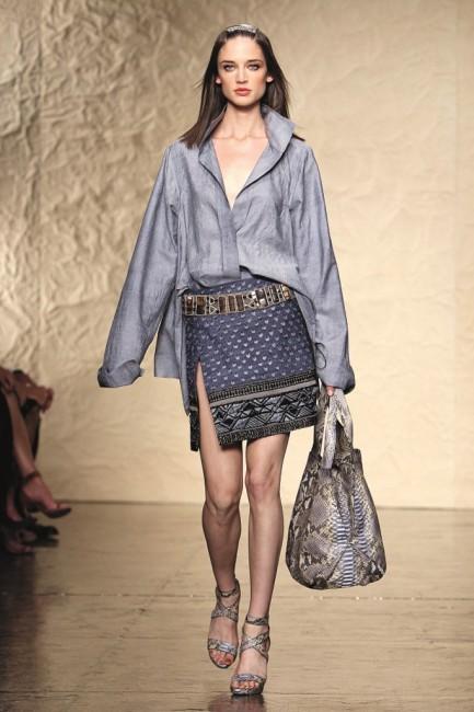 Дона Каран пролетна колекција ready-to-wear 2014 година.