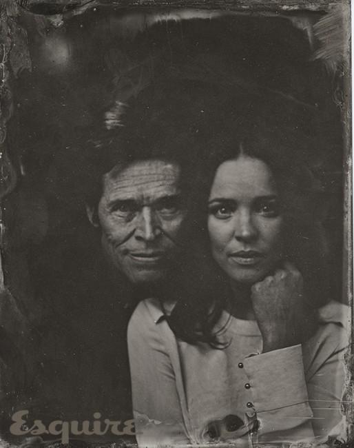 Вилијам Дефо и Рејчел Мекадамс