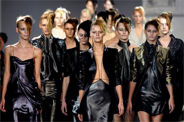 Настап на Париската модна недела за 2007 година.