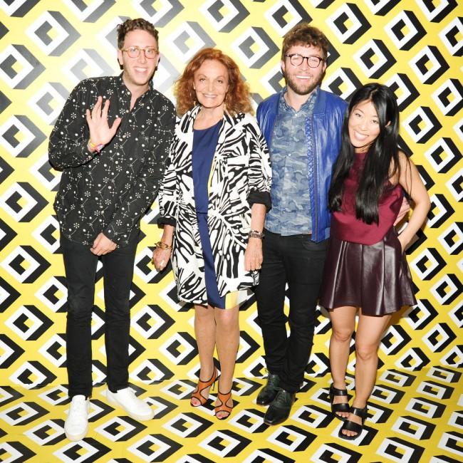 Алан Екстејн, Дијан вон Фурстенберг, Тимо Бајланд и Дона Канг на приемот во чест на CFDA FASHION INCUBATOR, организирана од страна на Дијан вон Фурстенберг во Лос Анџелес