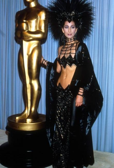 Шер на Оскарите во 1986