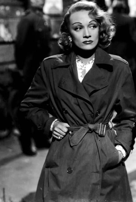 Марлен Дитрих 1948 година.
